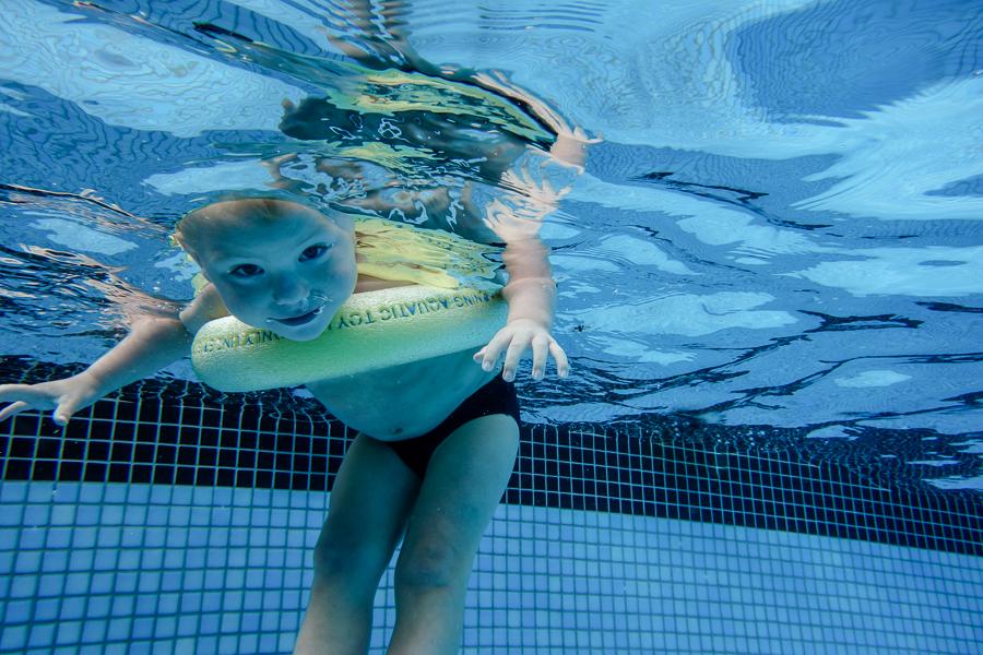 Amanda Naylor Phootgraphy underwater boy-4